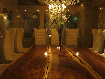 Private dinning room (behind glass doors)