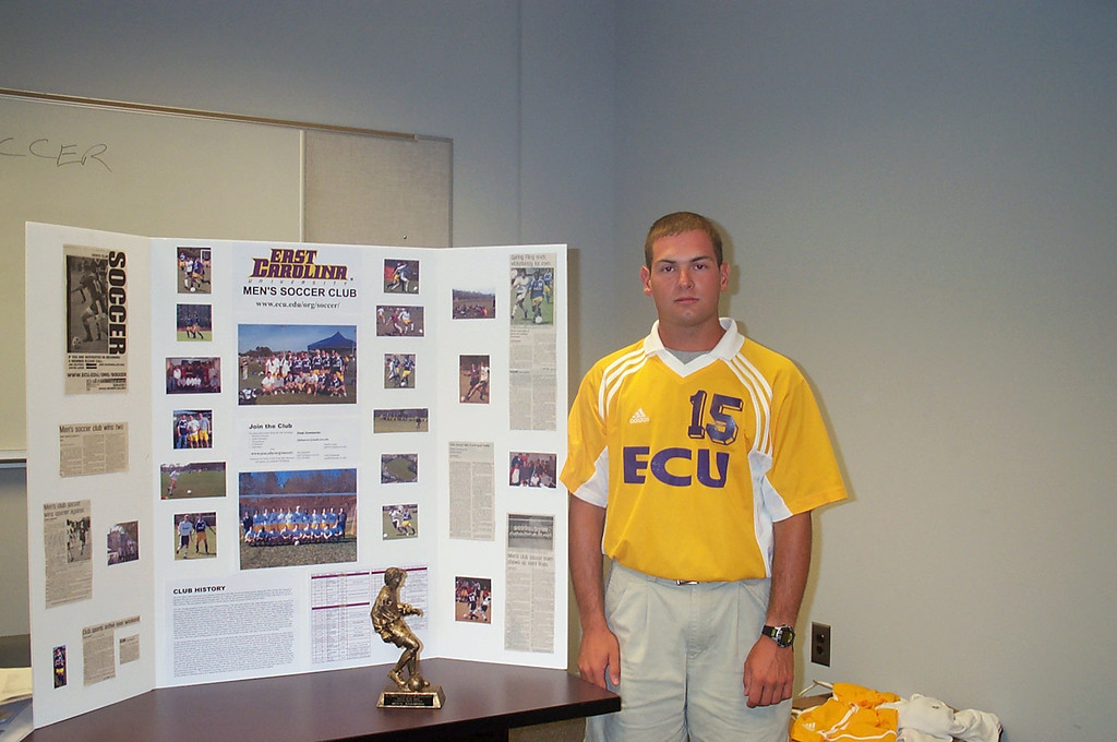 8/22/2002 Jon Deutsch recruiting for the Club Soccer team at the Student Recreation Center.