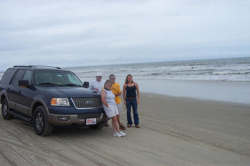 7/26/2002 Big Chill Beach Vacation - family photo at Carola<br /> <br /> Stan Deutsch, Pat Deutsch, Jon Deutsch, Cheryl Deutsch