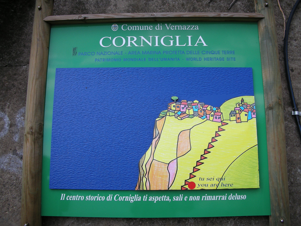 Map illustrating how many steps it is from the train station up to the town in Corniglia.