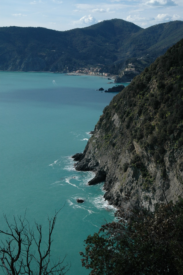 coastline looking at Monterosso