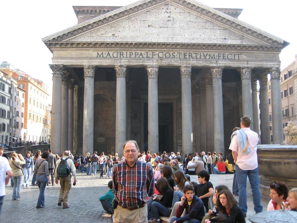 Stan at the Pantheon.