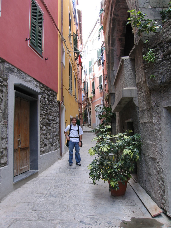 Jon Deutsch on the streets of Cinque Terre