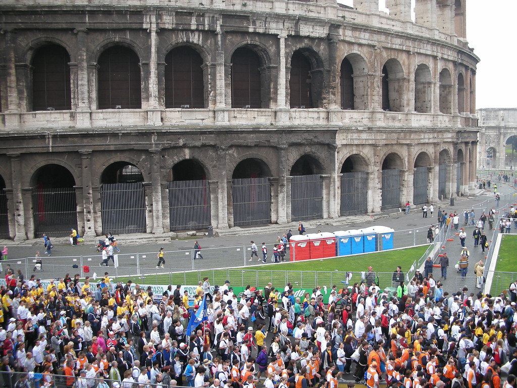 Coliseum with the starters (30,000) assembling for the Rome 10k.
