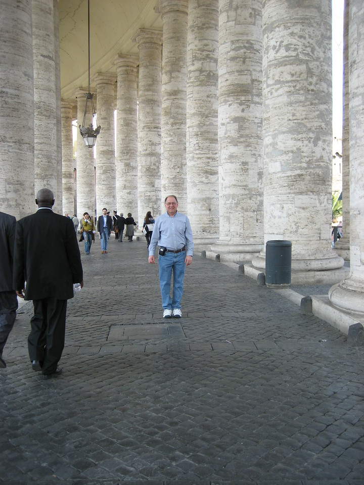 Stan in St. Peter's Square.