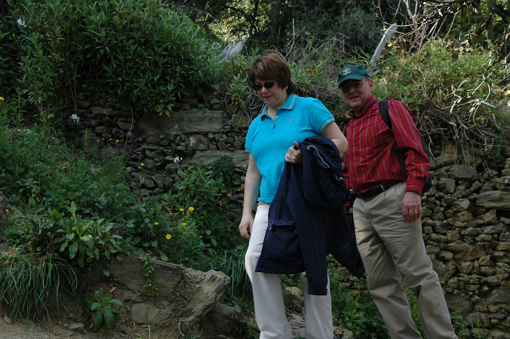 Pat and Stan hiking in Cinque Terre