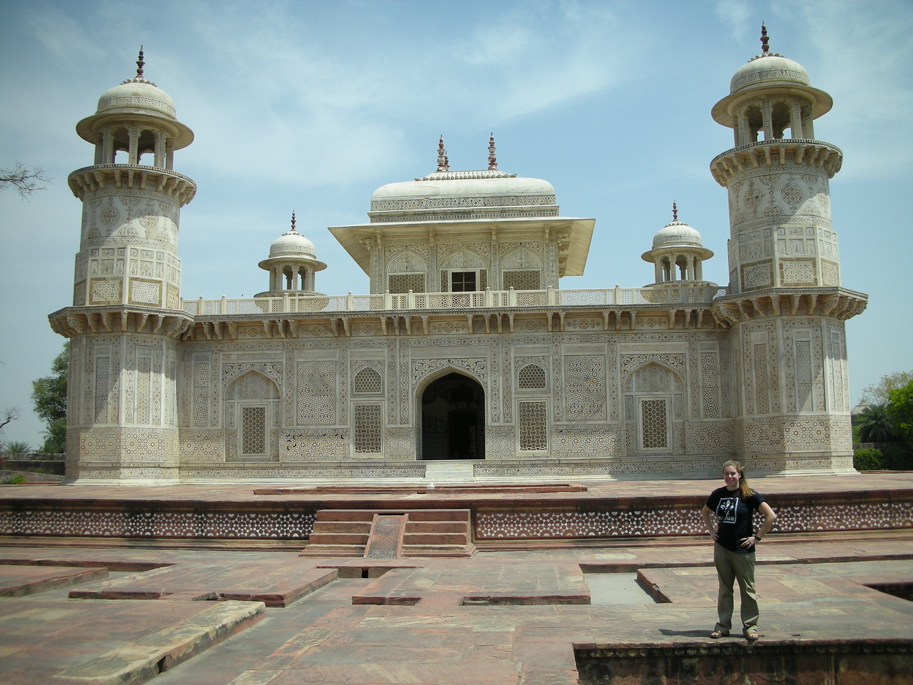 Agra: Cheryl Deutsch at the Tomb of Itmad-ud-Daulah.