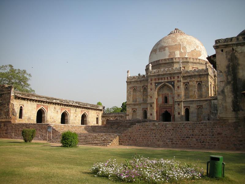 Delhi: Bara Gumbad in Lodi Garden.