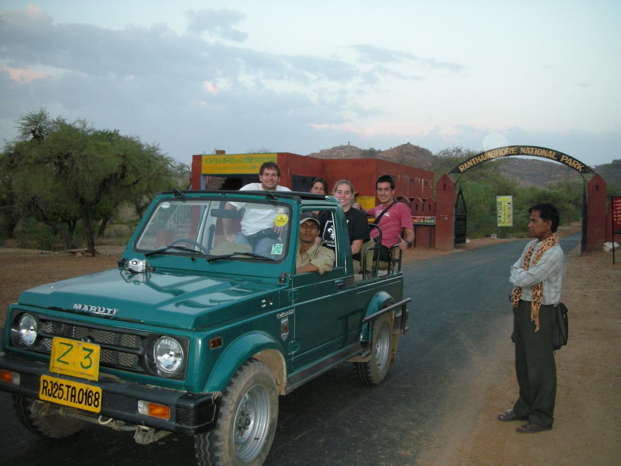 Ranthambore National Park: Jon Deutsch & Cheryl Deutsch and our fellow passengers on the safari.