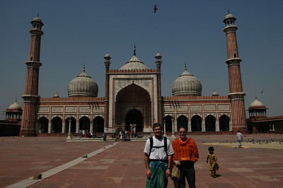 Delhi: Jon & Cheryl at Jama Masjid Mosque.