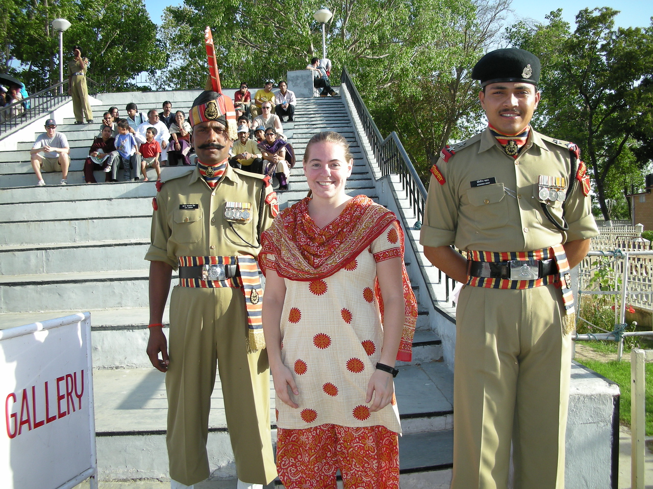 Waga: Cheryl Deutsch with the border guards.