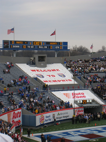 Welcome to Memphis - the scoreboard at the beginning of the Liberty Bowl