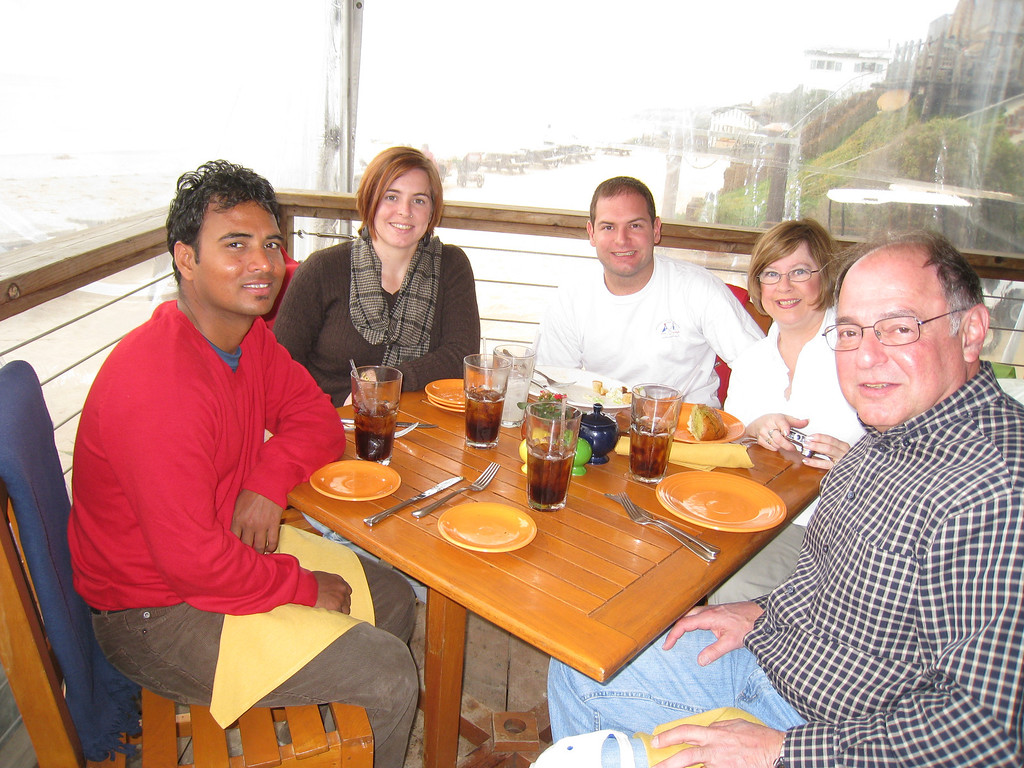 Dilip, Cheryl, Jon, Pat, Stan eating at the Beachcomber cafe.