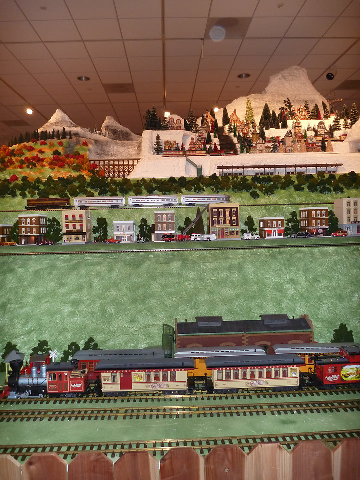 Model train at the Nixon Presidential Library