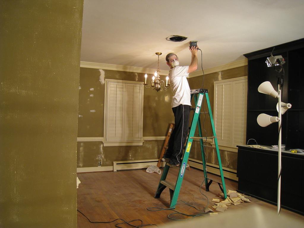 1/12/2009 - Jon Deutsch refinishing the ceiling