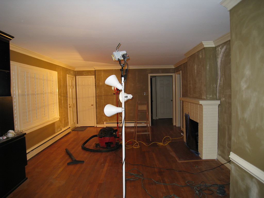 1/12/2009 - refinishing the living room