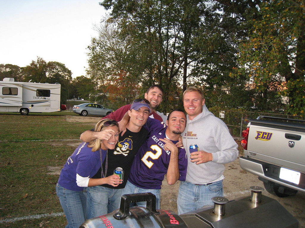 11/5/2009 - ECU vs VT - Stephanie Eason, Chris Webster, Nikki Webster, JG Ferguson