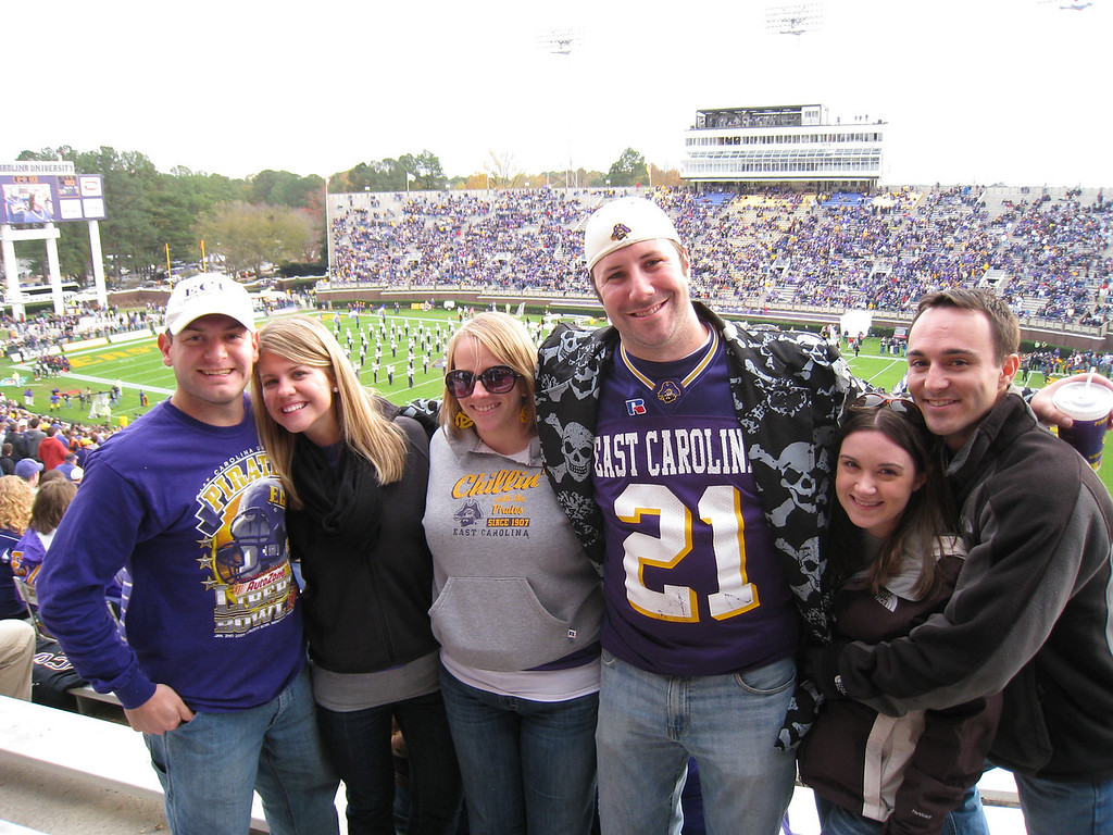 11/21/2009 - ECU vs UAB - Jon Deutsch, Jen Snow, Anne-Stewart, Preston Hubbard, Heather Webster, Chris Webster