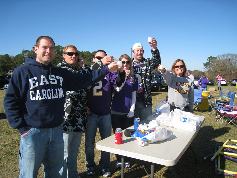 11/28/2009 - ECU vs Southern Miss - Jon Deutsch, JG Ferguson, Chris Webster, Jen Snow, Preston Hubbard, Vicky Davis-King