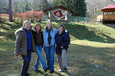 Melody, Arlene, Sue, Pat