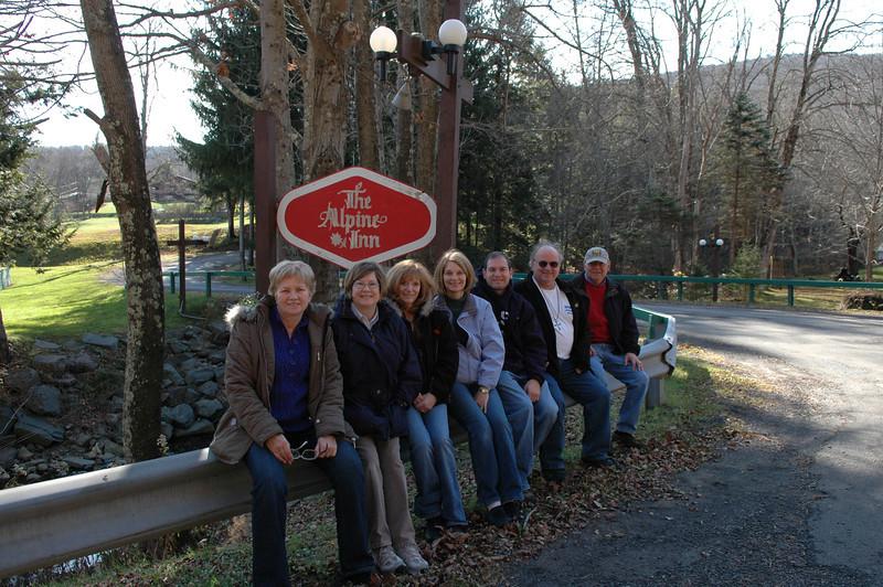 Melody, Pat, Arlene, Sue, Jon, Roger, Stan in front of the Alpine Inn.
