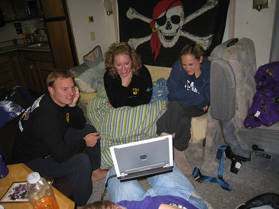JG, Lauren, Stephanie looking at pictures so far.