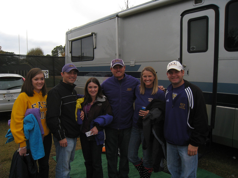 11/26/2010 ECU vs. SMU - Chris, Heather, JG, Stephanie, Jon