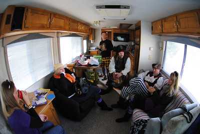 11/6/2010 ECU vs Navy - Pirates in the RV - Anne-Stewart, Chris, Preston, JG, Jen