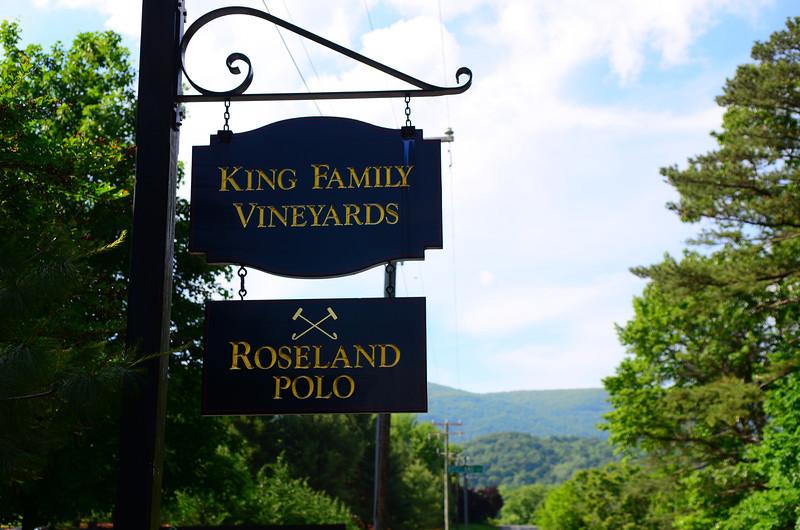 King Family Vineyards sign