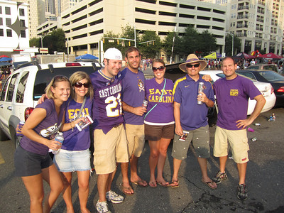 9/3/2011 ECU vs South Carolina  Stephanie, Jen, Preston, Tom, Laura Ashley, JG, Jon