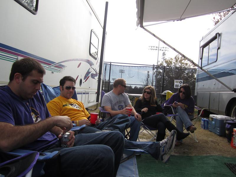 11/19/2011 ECU vs University of Central Florida - Tom, Preston, JG, Jen, Emily