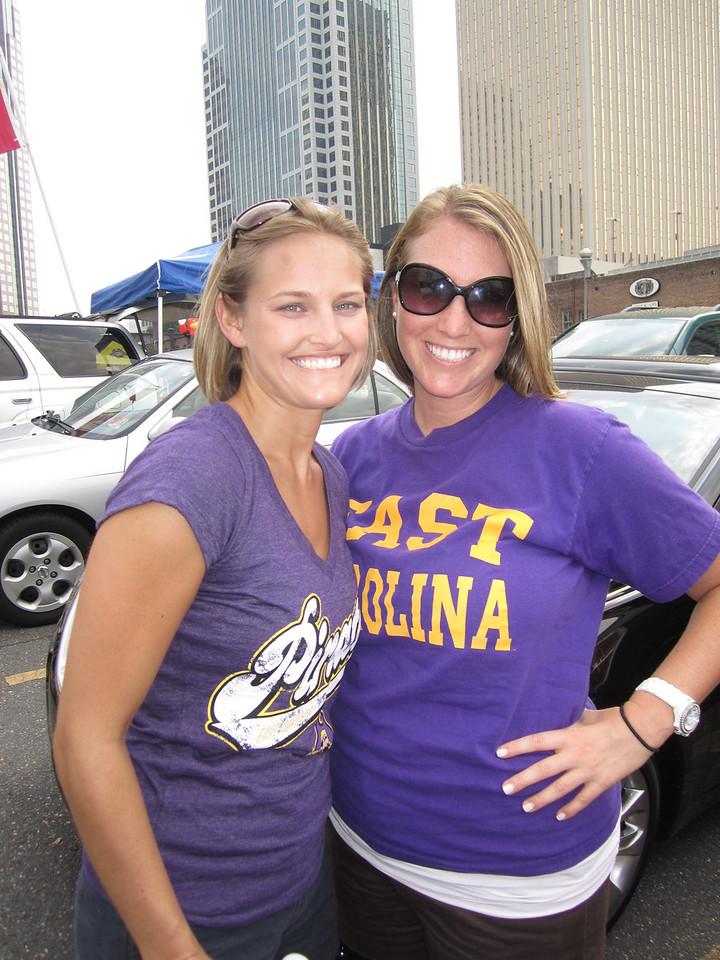 9/3/2011 ECU vs South Carolina  Stephanie, Laura Ashley