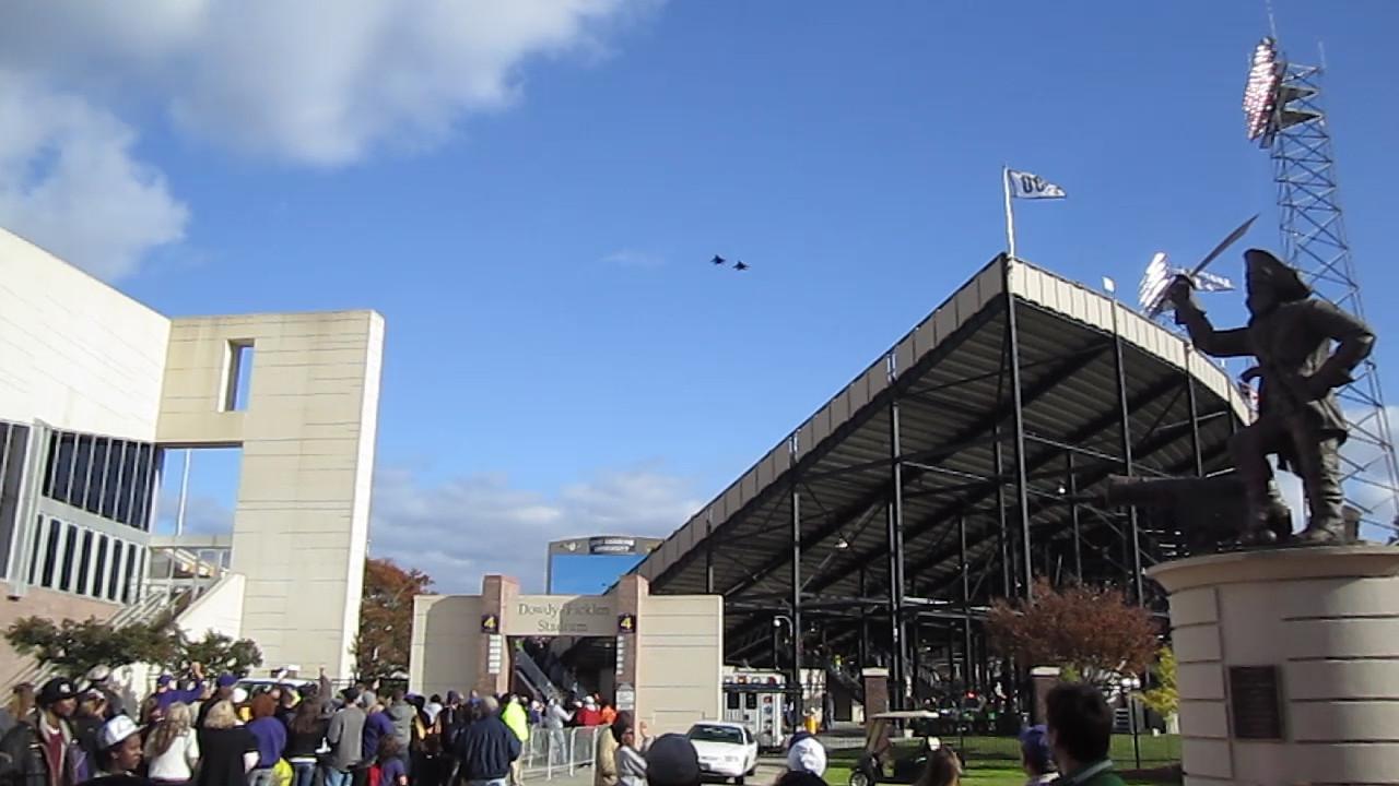 11/5/2011 ECU vs Southern Miss - F14 Tomcat flyover