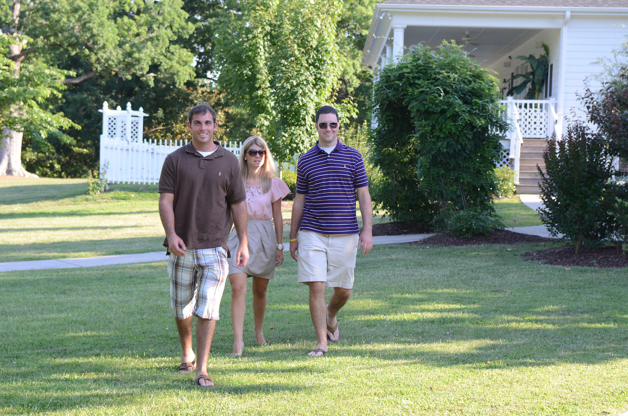 Tom Whatton, Jen Snow and Preston Hubbard arriving for the rehearsal.