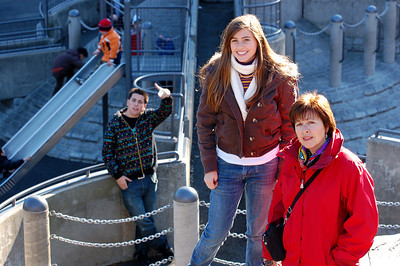 Mark, Carlie& Marie in Central Park Dec 2006