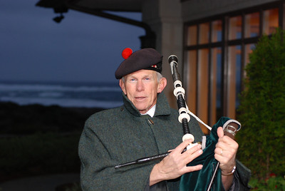 Bag Pipe player at Spanish Bay Dec 2007