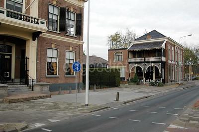 Damwoude - Raadhuis en logement