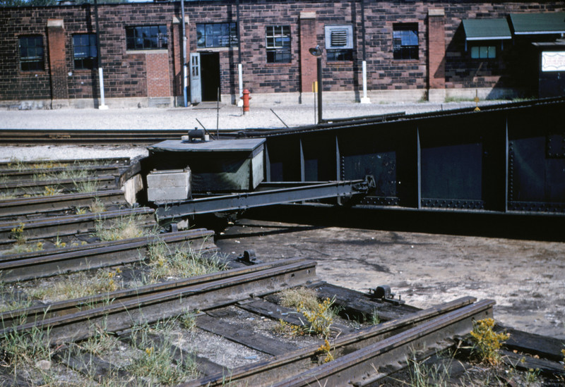 SLSF 47 - Aug 29 1954 - turntable at Lindenwood St Louis MO
