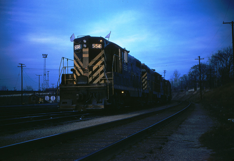 SLSF 72 - Dec 22 1955 - GP-7's no  556 555 & 5xx at Linderwood St Louis MO