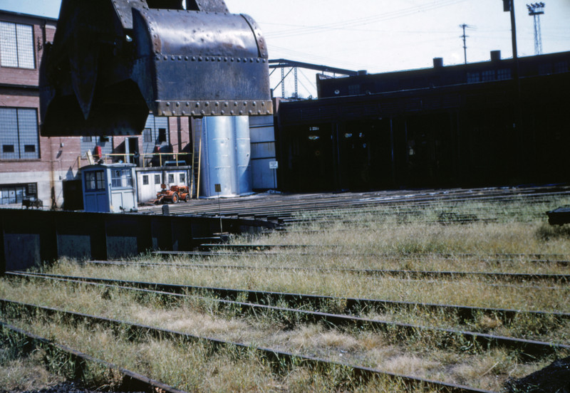 SLSF 45 - Aug 29 1954 - turntable at Lindenwood St Louis MO