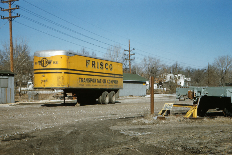 SLSF 87 - Feb 19 1957 - trailer 931 at Fyler yards MO