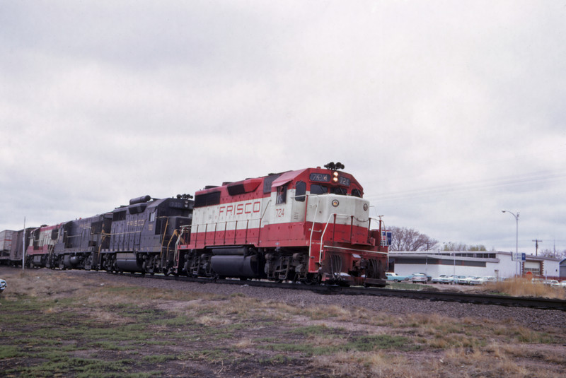 SLSF 129 - Apr 23 1967 - EB UP train with 2 GP 35ss & 2 U25Bs 800-809 @ Julesburg COLO
