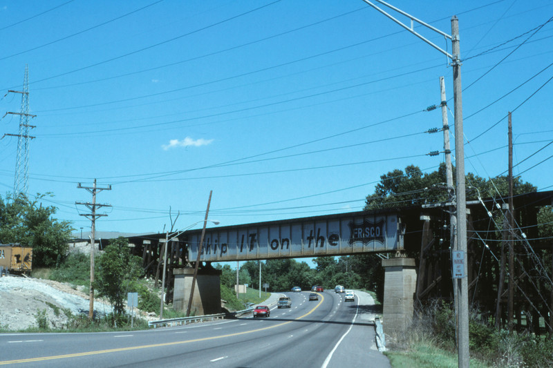 SLSF 145 - Jun 28 1994 - Frisco Overpass US 66 St Louis MO