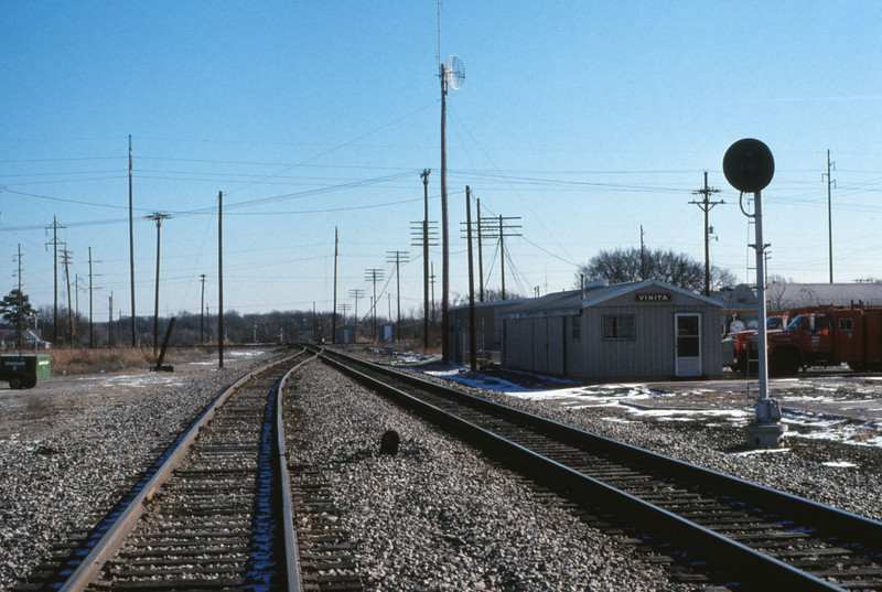 SLSF 144 - Dec 28 1990 - looking east @ Vinita OKLA