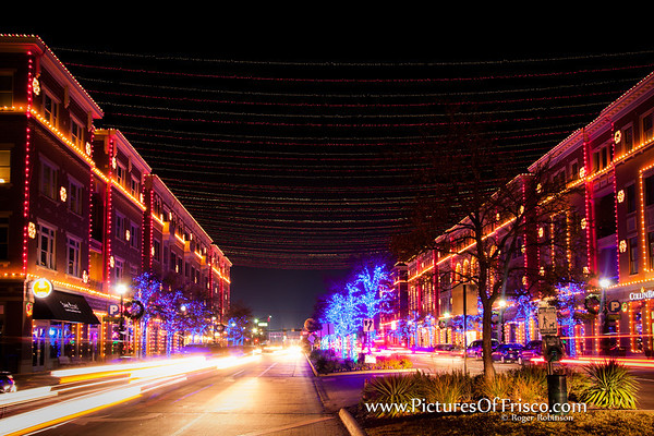 A look at the Christmas lignts in Frisco, Square