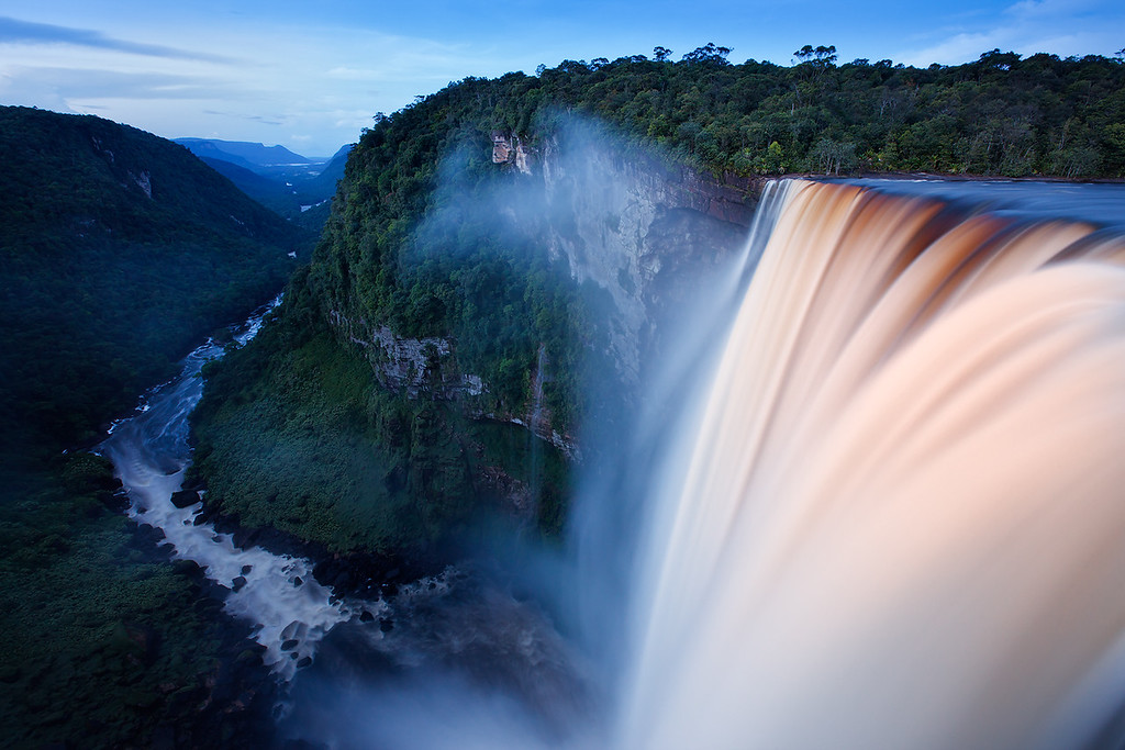 Kaieteur waterfall, Potaro River.
