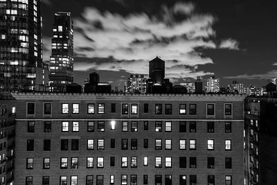 Urban Night _ bw