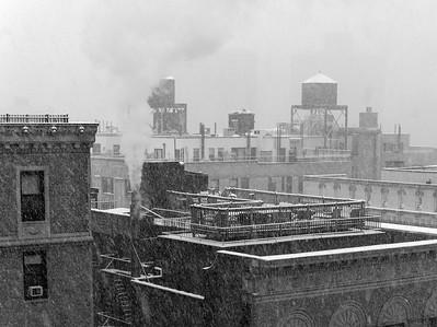 Urban Blizzard _ bw