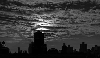 Urban Dawn _ bw