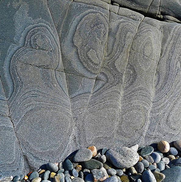 shoreline figures, Harris, Outer Hebrides